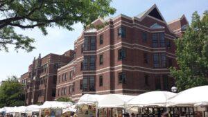 Ann Arbor Art Fair - South Side - Picture 4